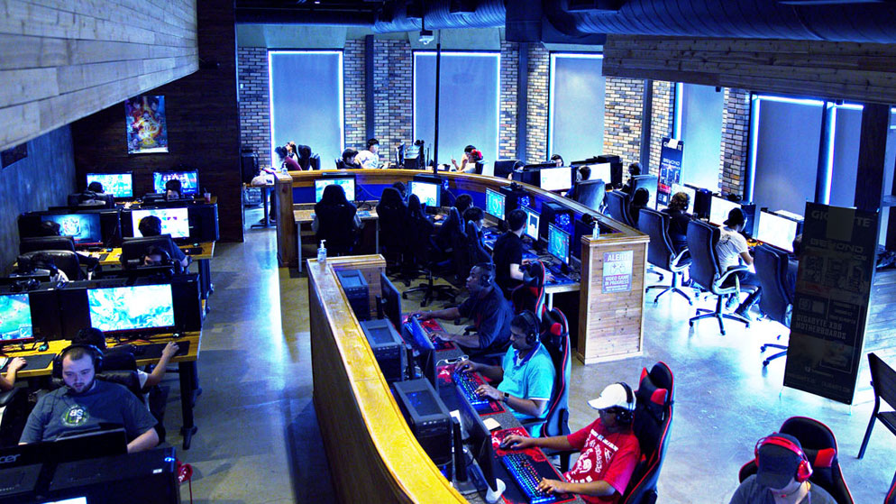 Playing At ESports Gaming Cafe in India